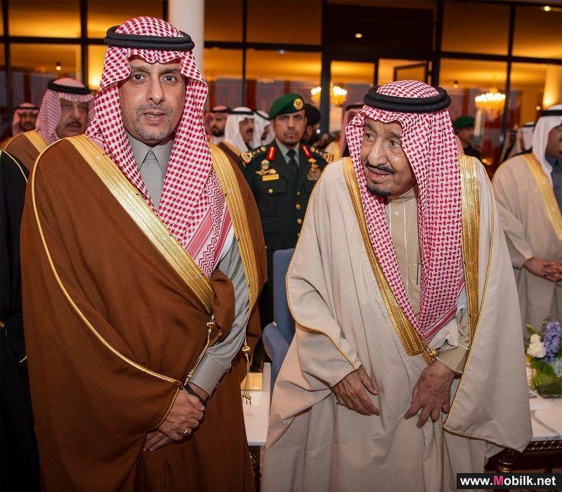 خادم الحرمين الشريفين يكرم الاتصالات السعودية لدعمها مهرجان الجنادرية