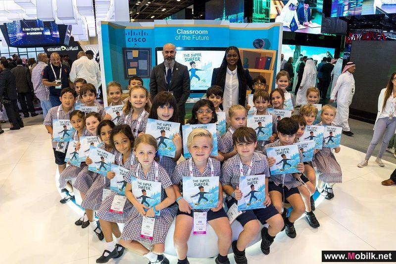 جناح سيسكو يشهد جلسة قراءة للأطفال في إطار حملتها التوعوية حول التصفح الآمن للإنترنت