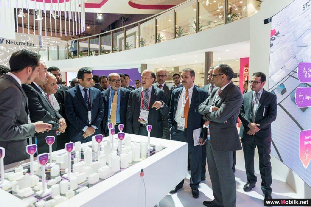 محافظ هيئة الاتصالات من برشلونة: فخور باستثمار STC في الشباب السعودي