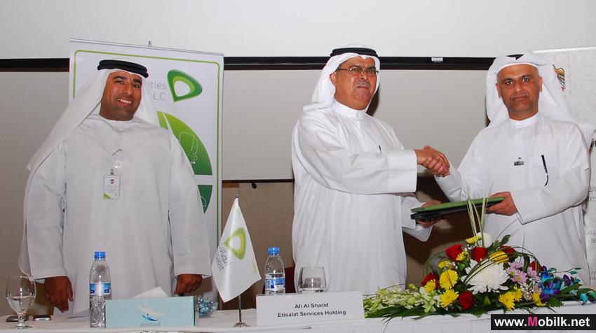«اتصالات الامارات لإدارة المرافق» و «مواصلات الإمارات»  توقعان اتفاقية لإنشاء شركة متخصصة في مجال إدارة المرافق