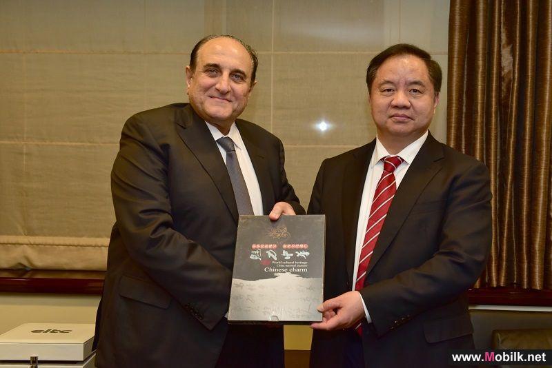 دو والشركة الصينية للاتصالات تبرمان اتفاقية تعاون في مجال تطوير الشبكات