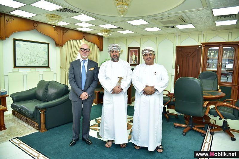 الرئيس التنفيذي لـ Ooredoo يزور محافظة ظفار لبدء تنفيذ خطط النمو المستقبلية للشركة