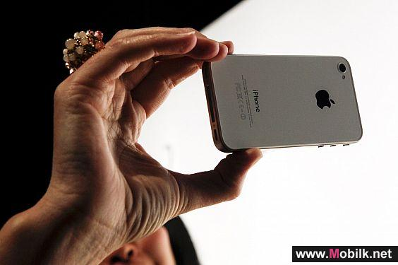 توقعات بطرح آبل هاتف آيفون 4 ارخص ثمنا