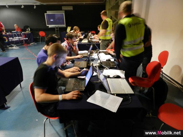 الأمن عبر الإنترنت أحدث فعاليات جيتكس 2011 تناقش الاحتياجات الملحّة للحماية الأمنية في قطاع تقنية الاتصالات والمعلومات