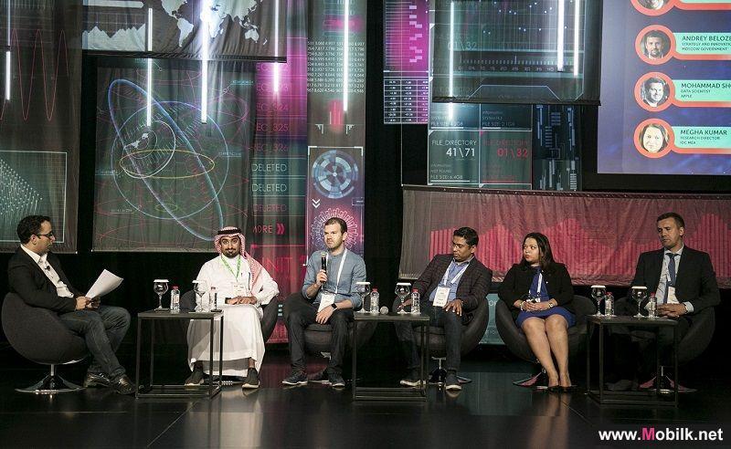 خبراء مشاركون في جيتكس 2018 الذكاء الاصطناعي لا يعني نهاية الاعتماد على البشر