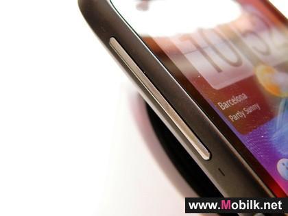 توفُر هاتف إتش تي سي - ديزاير إس في أسواق دولة الإمارات العربية المتحدة