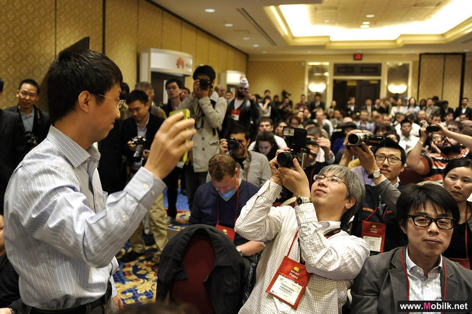 Huawei Showcases Full Range of LTE Devices at CES 2012