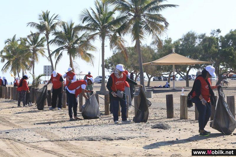Ooredoo Volunteers Doing their Part for a Cleaner Oman