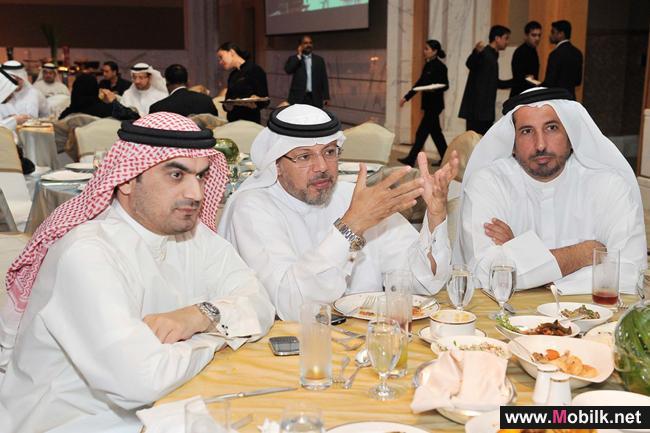 اتصالات الامارات تقيم مأدبة إفطار لعملائها وشركائها التجاريين