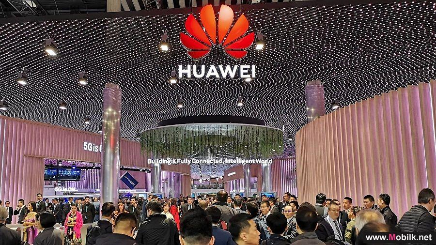Huawei Presents Its Simplified 5G and SoftCOM AI Solutions at the MWC Barcelona 2019