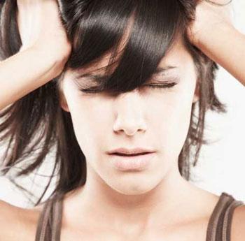 أجهزة الموبايل تؤدي إلى تلف الأعصاب و الاصابة بالعقم