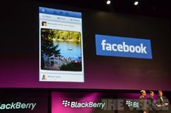 شكل جديد لـ«فيس بوك» على منصة «بلاك بيري 10»