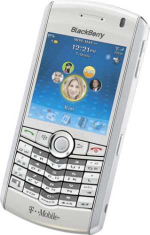 BlackBerry announces  Bold 9650 and Pearl